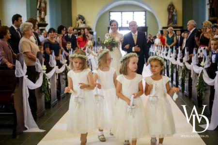 dzieci na weselu, weselny dzien